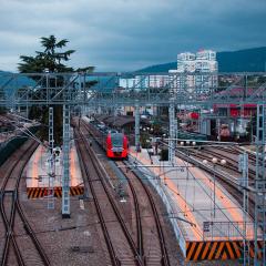 Железнодорожный вокзал Сочи, Ласточка.