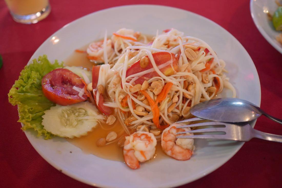 Еда в Тайланде, традиционный салат