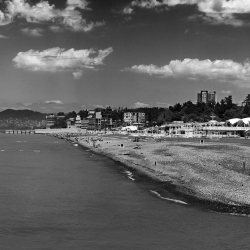 "Панорама пляжа ""Ривьера"". Сочи, 30 мая 2017 г."