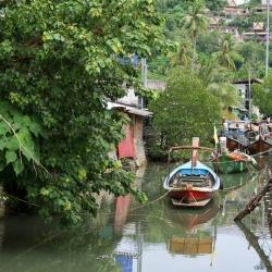 Лодки районе Bangtao Beach