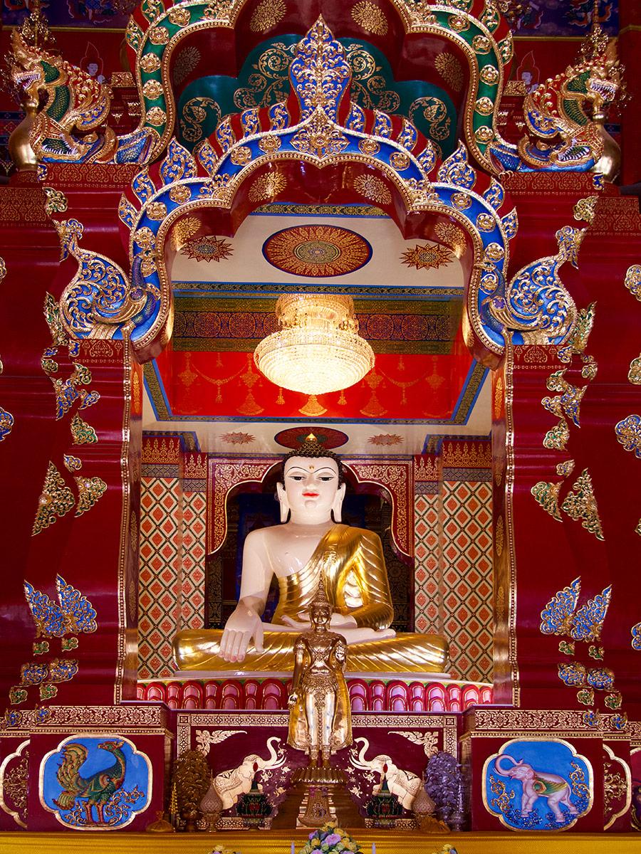 Будда, Wat Maha That Wachiramongkol