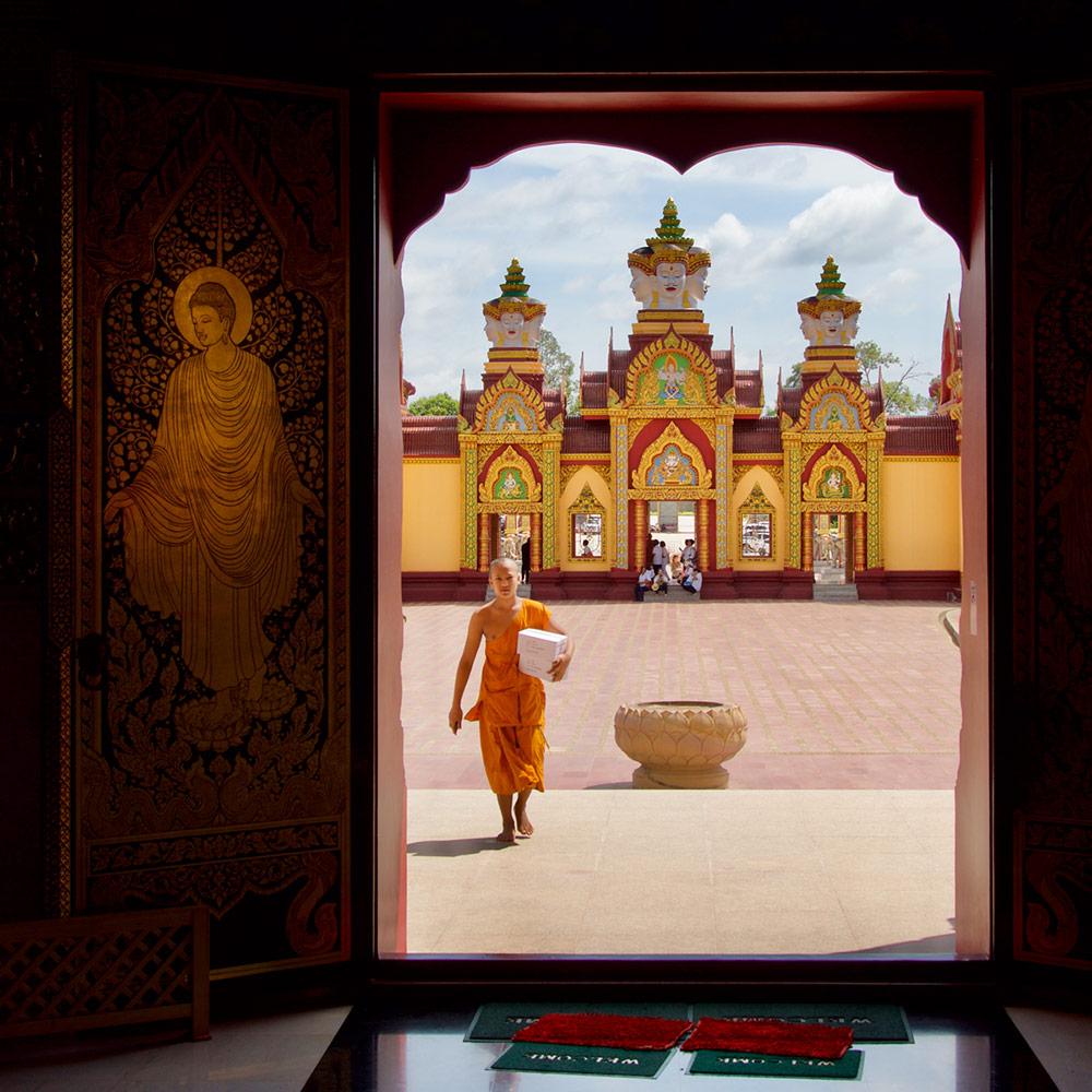 Монах, Wat Maha That Wachiramongkol